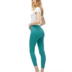 2/25$ second Yoga jeans | rachel skinny ankle